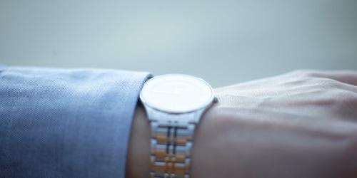 腕時計 ソーラー 電池
